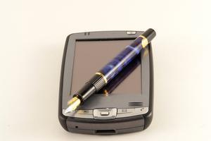 Hur får jag till min Blackberry Storm bort texter?