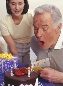 De bästa födelsedagen meddelandena för vänner