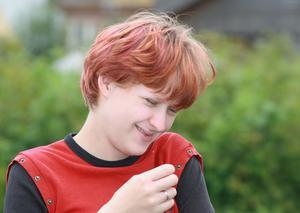 Hur att färga håret efter kemoterapi