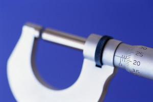 Hur man läser en imperial mikrometer