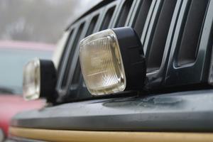 Vad är skillnaden mellan en Standard & en Midsize SUV?