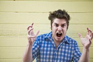 Hur man lever med arga människor