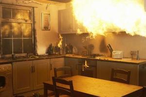 Lista över hushållens brandfarliga vätskor