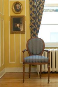 Hur man byter ben på en stol Queen Anne