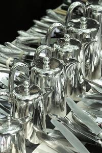 Hur man tar bort Silver plätering bad