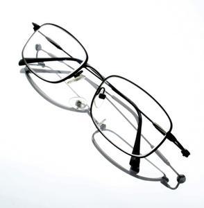 Hur man rengör disig dimmig glasögon