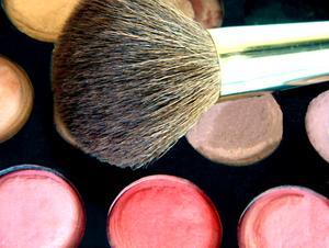 Hur man Makeup produkter för män
