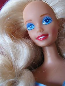 Hur curl barbie hår