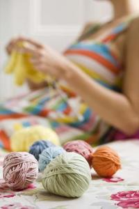 Hur man fixar en tröja som är stickad för små