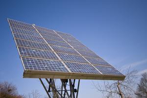 Vad är Differrence mellan förnybara & återanvändbar energi?