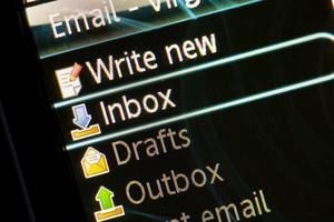 Hur återställa raderade e-postmeddelanden från Windows Live
