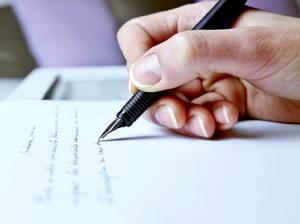 Hur man skriver en personlig referens brev