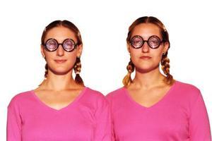 Hur man klär sig som en total nörd Tjej