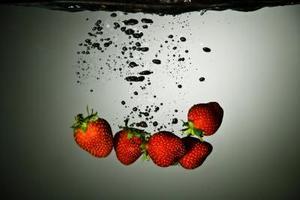 Hur man odlar jordgubbar av Hydroponics