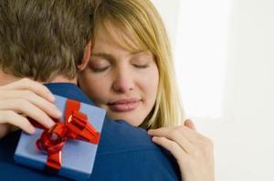 Presenttips för en tvåårig Dating årsdag