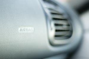 Hur du återställer en Airbag lampan på en VW Transporter