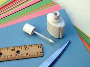Smart återvunnet hantverk för barn