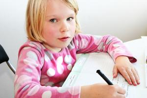 Hur man kan förbättra barns skrivhastighet
