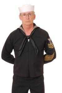 Hur man gör en japansk sjöman kostym från en vanlig vit skjorta