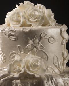 Hur att Tina bröllopstårta för ett jubileum