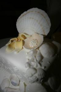 Hur man gör en bröllopstårta Seashell Topper