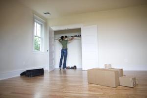 Lista över saker du behöver för första gången flyttar ut