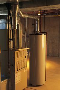 Hur man koppla tvättmaskin slangar & installera en ny varmvattenberedare