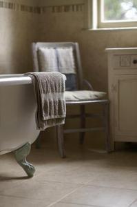 Hur bli av en unken lukt i badrum handdukar