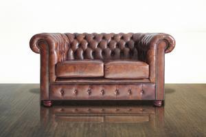 Hur till restaurera den bruna färgen på en läder soffa