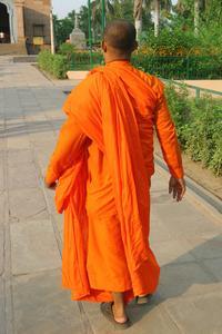 Hur man blir en ordinerad pastor buddhistiska