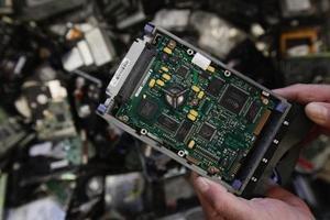 Hur man byter en hårddisk i en dator