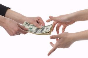 Hur man organiserar en förmån att samla in pengar
