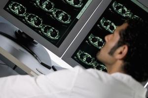 Symtom på hjärnan cystor