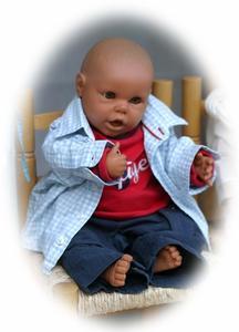 Hur man gör min Baby Doll ser ut som min verkliga Baby